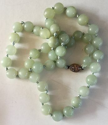 VINTAGE CHINESE MUTTON FAT JADE BEAD NECKLACE 10mm