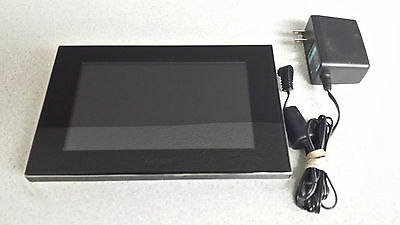"""Sony DPF-D70 7"""" Digital Picture Frame - Works great! Fantastic! Charger Included"""