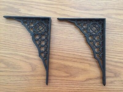 "2 Vintage Rustic Shelf Support Brackets 5 1/4"" X 7"" Old Gothic Clover Cast Iron"