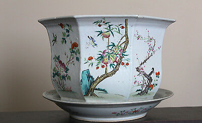 Chainese Porcelain Famille-Rose Flowers And Birds Octagonal Jardinière 18/19Th C
