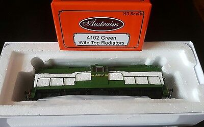 Austrains NSWGR 41 Class Locomotive NEW 4102 Green Livery with top ventilators