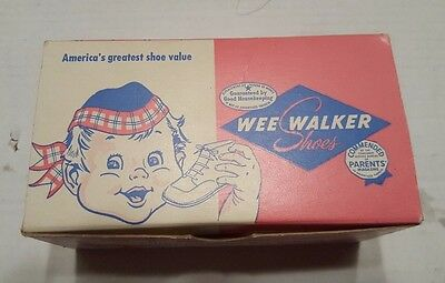 Wee Walker Baby Shoes Vintage With Box and Booklet Carlyle Illinois 1951