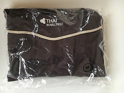 New Thai Royal First Class Pyjamas (Size M)