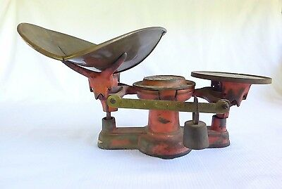 Antique Cast Iron and Brass Howe General Store Scale