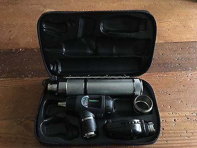 welch allyn diagnostic set-Otoscope and Opthalmoscope
