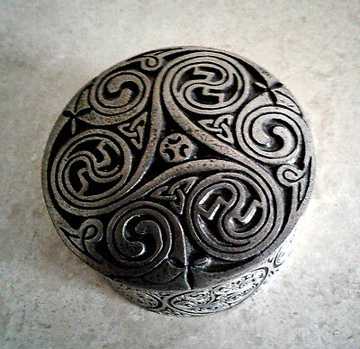 A.E. WILLIAMS Celtic Swirl Design Pewter Trinket Box~Made in England