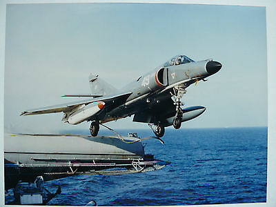 Grande Photo originale DASSAULT BREGUET AVIATION  24 x 17,5 cm Avion Etendard