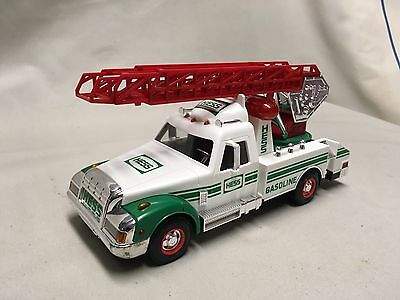 1994 Hess Rescue And Truck NIB