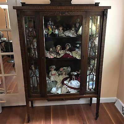 CHARMING Antique Oak China, Bookcase or Display Cabinet 1920s-1930s w/Lock & Key