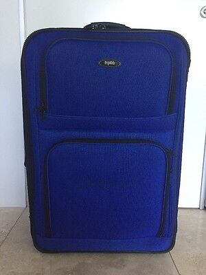 Triplite Large Travel Bag Suitcase With Two Wheels
