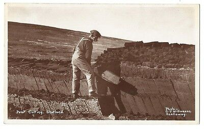 SHETLAND Peat Cutting, RP Unused Postcard by Williamson of Scalloway