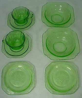 FEDERAL GLASS crystal MADRID GREEN pattern 8-piece cup/saucer, bread, soup SET