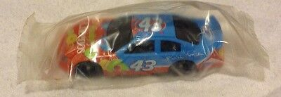 2008 Fruity Cheerio's #43 Richard Petty Car - NEW IN PACKAGE