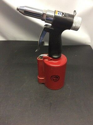 Chicago Pneumatic CP9882 Air Riveter