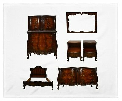 Flame Mahogany French Style Carved Bombe Bombay 6pc Bedroom Set Suite