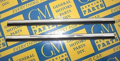 1928-1949 GM Windshield Wiper Blades | 9"