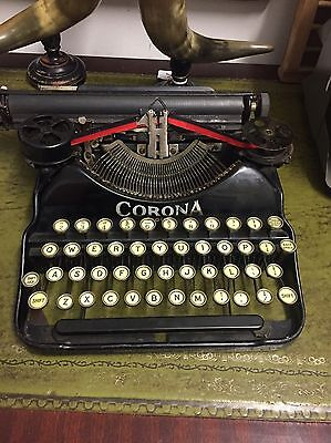 Antique Vintage Carona 4 Typewriter / Antique Homewares / Antique Home Dècor