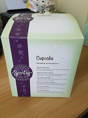 Beautiful Scentsy Mid Sized Cup Cake Wax  Warmer Boxed Unused With Birthday Bar