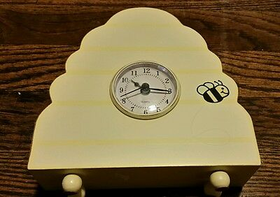 Wooden Yellow Bummble Bee table clock Wendy Bellissimo Winnie The Poo Theme Room