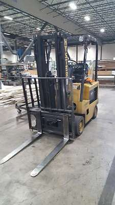 Hyster E50XL 5000 lb Capacity Forklift / Electric 36V / 3 Stage Mast