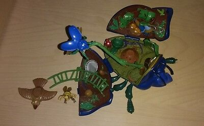 Disney A Bug's Life Dim Anthill Battleground Playset Micro Figures Incomplete