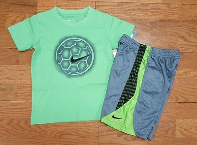 Nike Boys Size 4 (lot of 2) Short Sleeve T Shirt and Shorts NWT