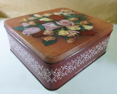 Arnott's 'Roses with gold pendant', 3 lb. Biscuit Tin, c.1966