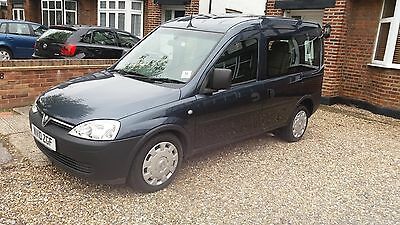 Vauxhall Combo-C Tour Essentia 1.4 Petrol 2010/10 47K Disabled Vehicle 1 Owner