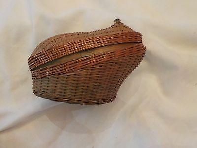 Sitting Frog Wicker Basket Trinket Box