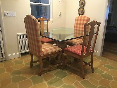 Glass Dining Table with Pedestal and 4 Chairs