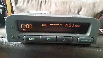 Saab 9-3 93 SID 1 Unit / LCD display panel P/N 5260195 spares missing pixels