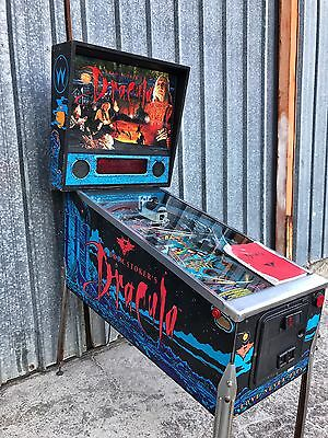 Pinball Williams BRAM STOKER'S DRACULA 1993 - New LED Dispaly - USED Flipper