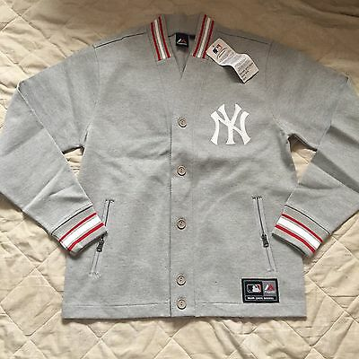 BNWT New York Yankees Cardigan Size M