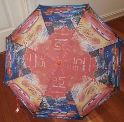 BNWT  CARS LIGHTNING MCQUEEN RED OUTDOOR UMBRELLA 70CM diameter