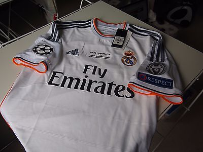 Real Madrid 2013/14 Home jersey M Modric
