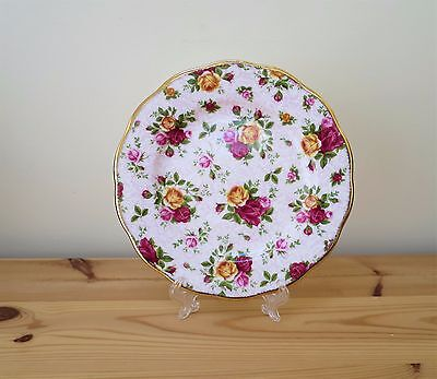 ROYAL ALBERT Old Country Roses Soft Pink Lace Bone China Plate 8 inch