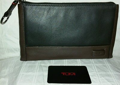 Tumi Harrison nwt leather wallet, phone case, key ring id theft protection $145