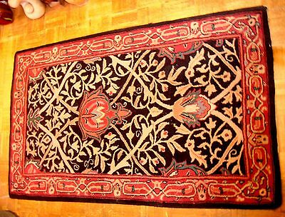 Rare Old Antique Early American Handmade Arts & Crafts Hooked Rug Morris Design