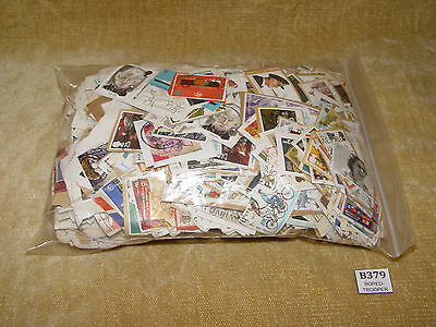 670 Grams Gb Commemoratives - Bundle Kiloware - Unchecked Unsorted On Paper