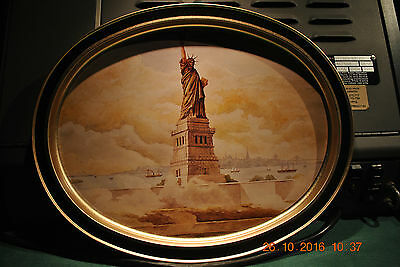 The Statue Of Liberty      Vintage Metal Serving Tray