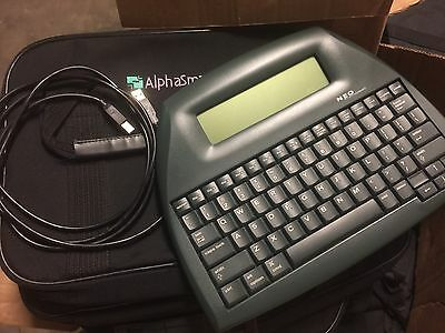ALPHASMART NEO PORTABLE WORD PROCESSOR With  USB Cable