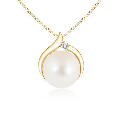 "FreshWater Cultured Pearl Pendant Necklace with Diamond 14K Yellow Gold/18""Chain"