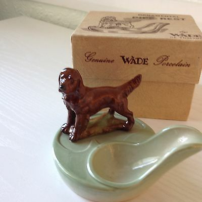 Boxed Wade Red Spaniel Pipe Rest