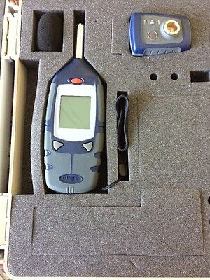 Casella CEL-24X Sound Level Meter & Calibrator in case