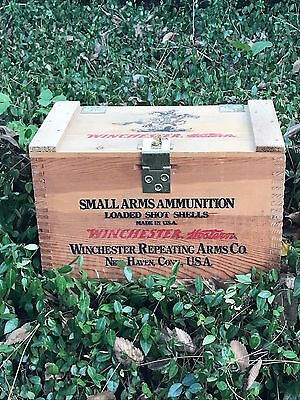 Vintage Winchester Loaded Shot Shells Wooden Ammo Box Crate New Haven Conn