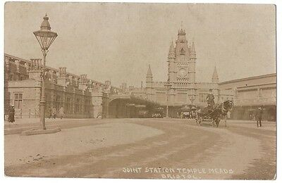 BRISTOL Joint Railway Station Temple Meads, RP Postcard Unused