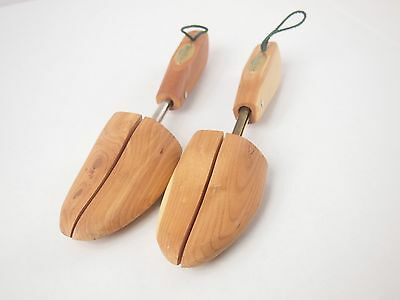 Preowned Woodlore Shoe Trees