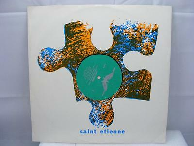 Saint Etienne - Only Love Can Break Your Heart (Remix) - HVN 212 R