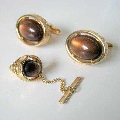 Cufflinks Vintage, Matching Brown Lucite Cufflinks and Tie Tack, Men's Jewelry