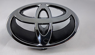 1997-2001 Toyota CAMRY Grille Grill Hood Emblem Black + Chrome #75311-AA020
